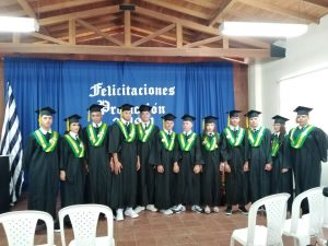 Ceremonia de grados del Instituto Ferrini - CORFERRINI - San Pedro de los MIlagros
